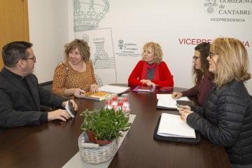 Reunión de la Asociación Nueva Vida con el Gobierno de Cantabria.